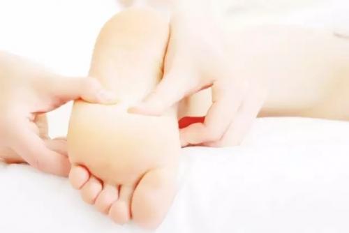 足疗保健 五种足疗手法及其注意事项
